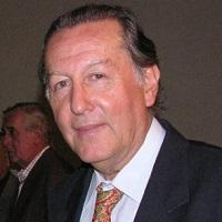 Carlos  Amat y León